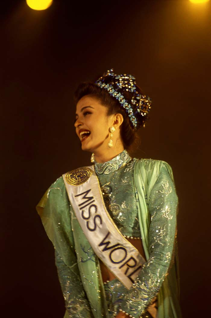 73 17 Facts About Indian Beauties Who Won The Miss World Pageant