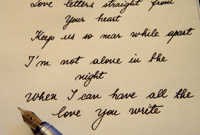 How To Write A Love Letter That Will Make Them Cry