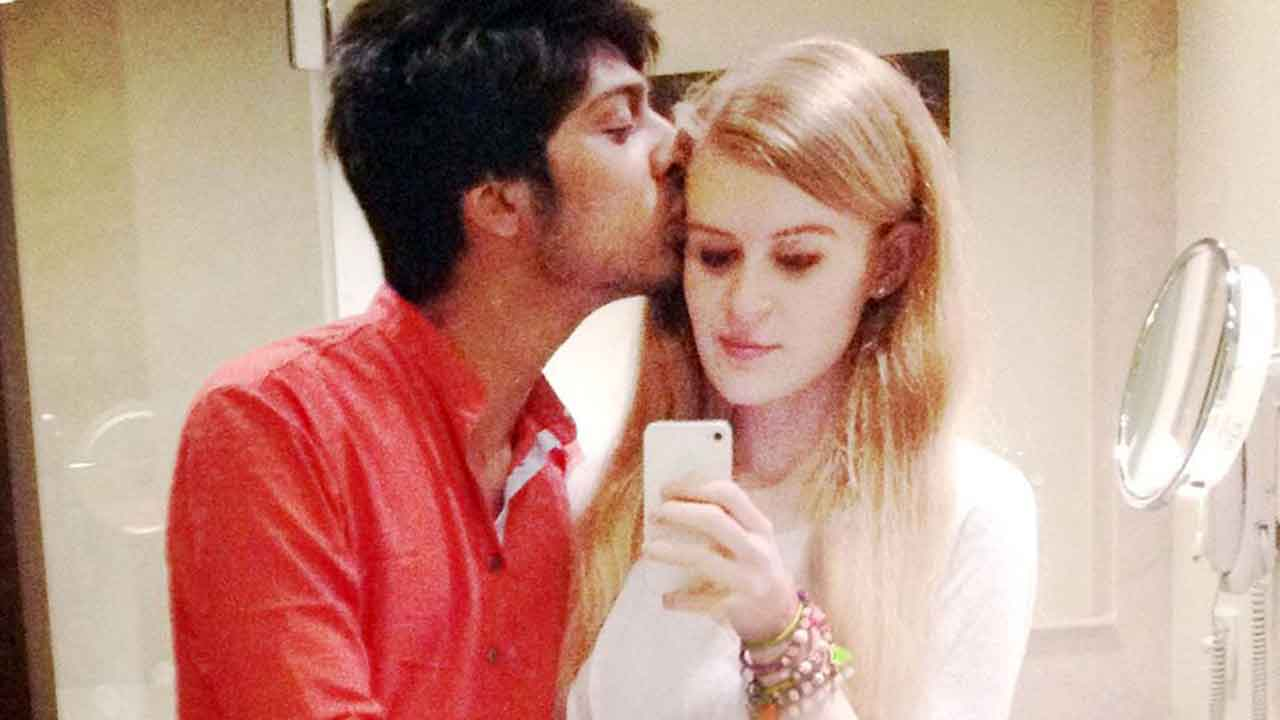 Australian girl dating indian guy