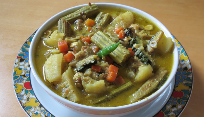 15 Bengali Vegetarian Dishes You Need To Taste Once In
