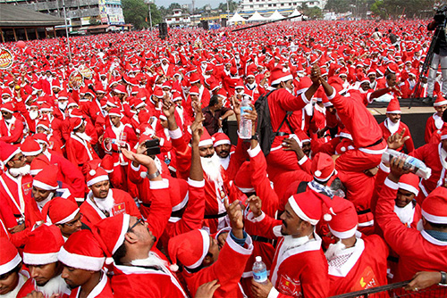 296345-santa-gathering-in-thrissur