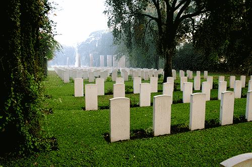 Kirkee_War_Cemetery,_near_Pune,_Maharashtra