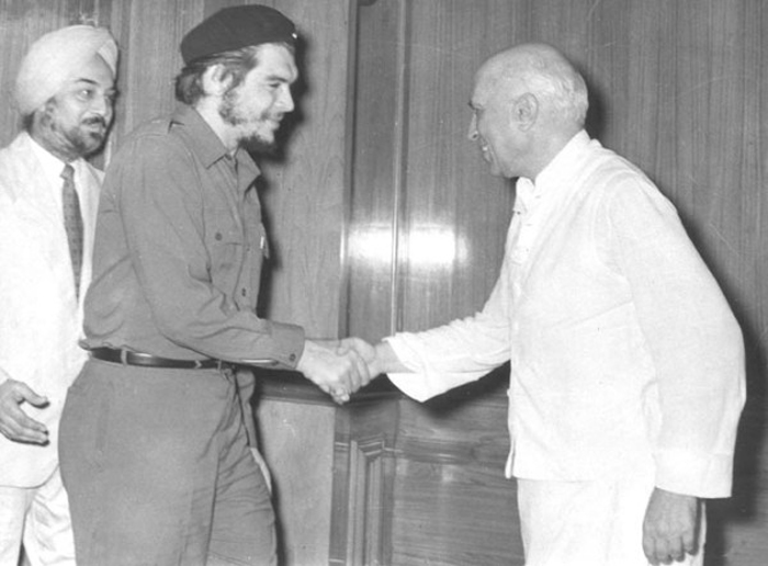 che-guevara-with-NEhru-in-india