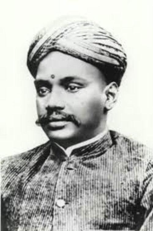 bharathiar essay in tamil Lovingly called as the mundasu kavignar (the poet with a turban) in tamil,  mahakavi subramania bharati was a legendary poet whose.