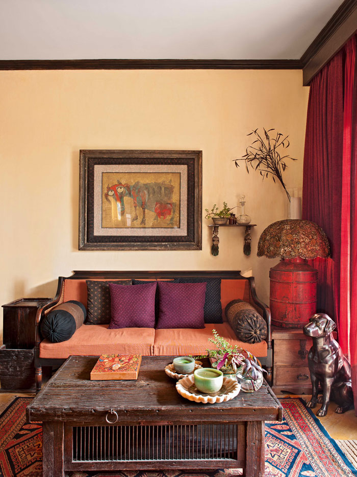 Living Room Arrangements: Designer Sabyasachi's Kolkata Home Is Full Of Beauty And