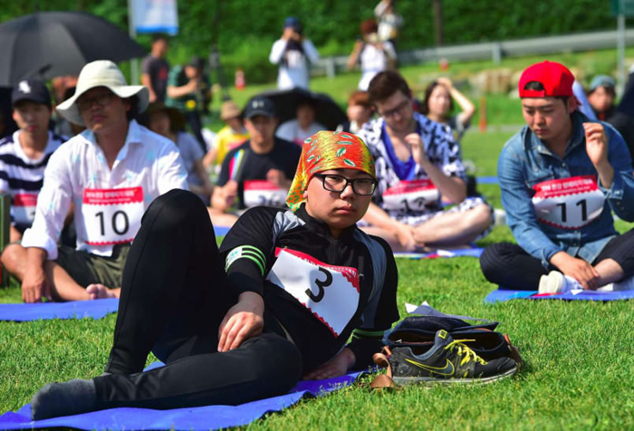 doing-absolutely-nothing-is-now-a-competitive-sport-in-south-korea1-805x547