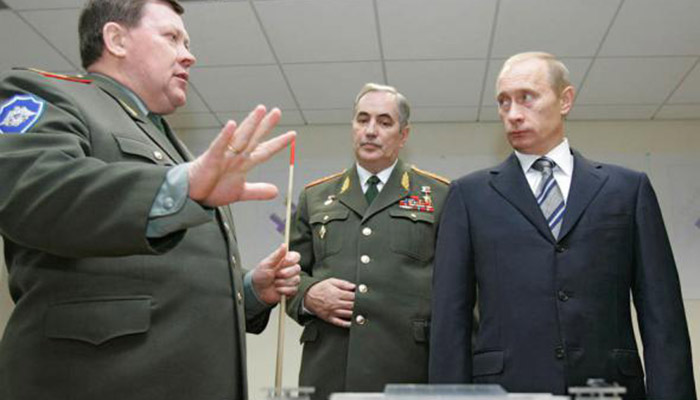 president-putin-visiting-the-new-gru-headquarters-in-2006