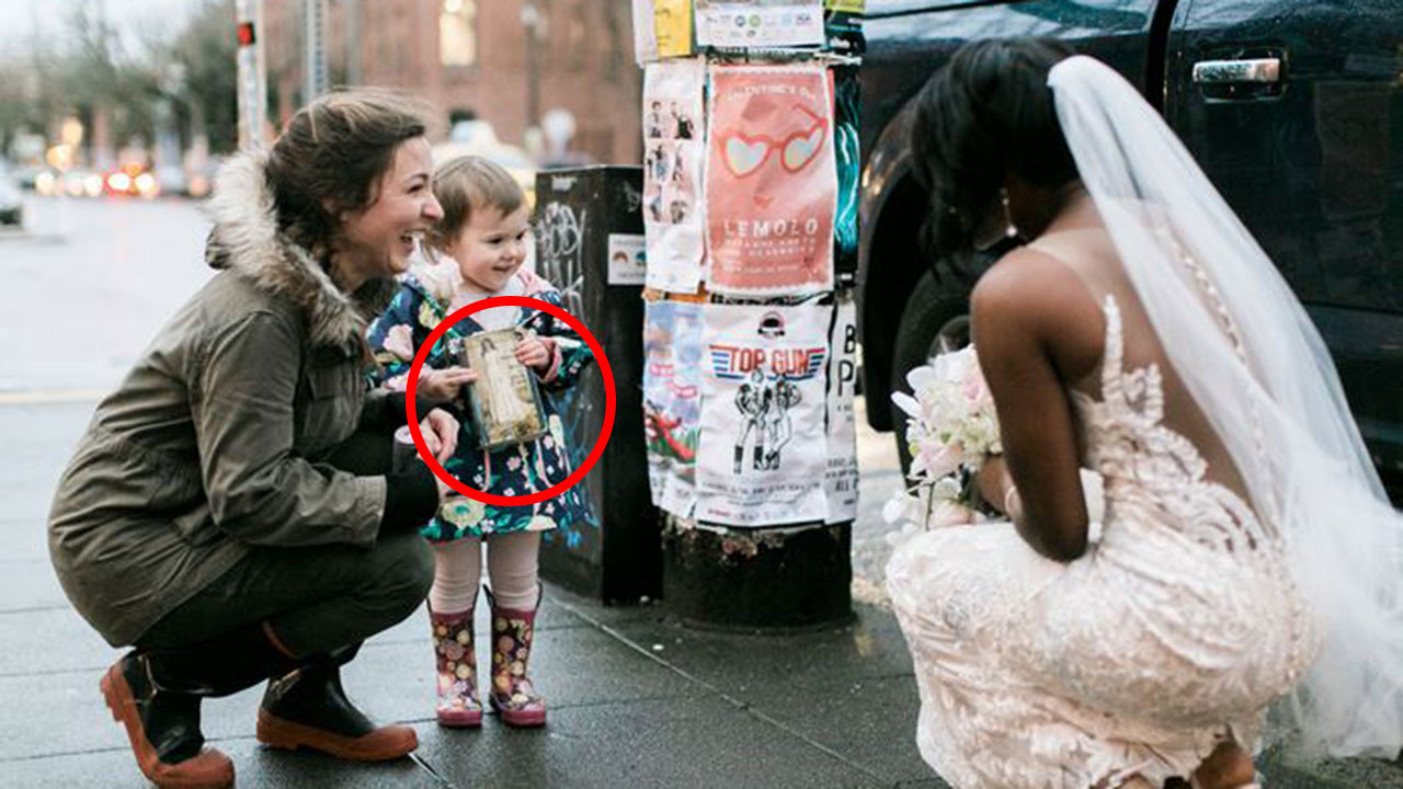Girl Mistook A Bride For A Real Life Princess From Her