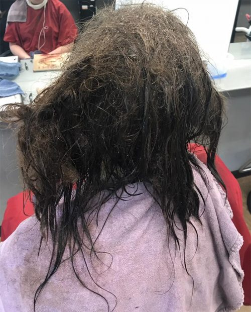 Hairdresser Refuses to Shave Depressed Girl's Head