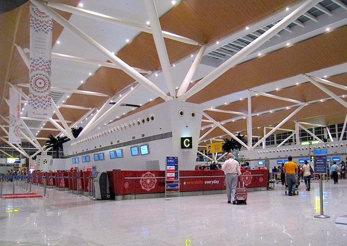 Woman passenger, AI official slap each other at Delhi airport