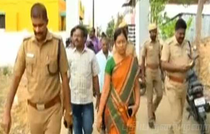 Tamil Nadu: Professor held for luring girls, governor orders high-level probe