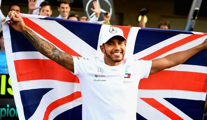 Hamilton felt conflicted racing in India