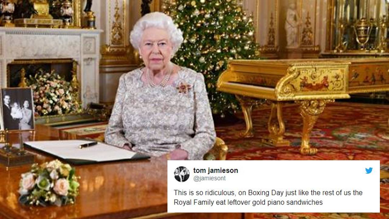 Queen Elizabeth S Christmas Speech With Gold Piano Stirs